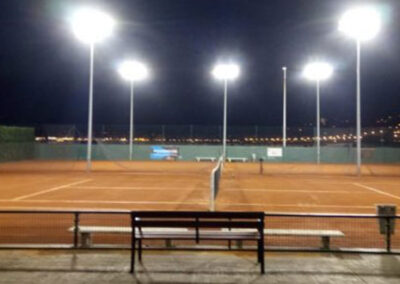 Outdoor lighting for tennis and paddle sports centre
